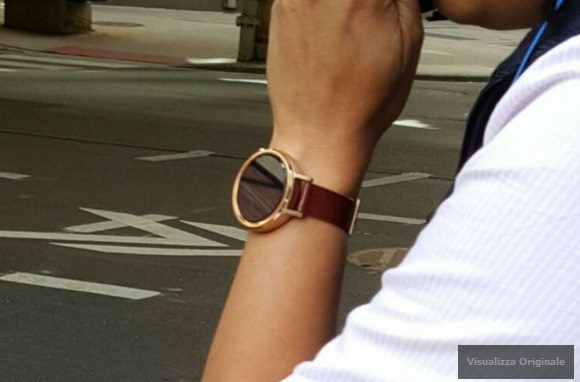 Leaked images of the Motorola Moto 360 sequel and the casing for the timepiece
