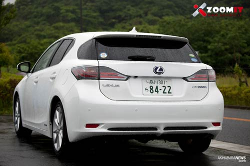 lexus-ct200h-review-4