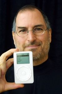 steve-jobs-ipod-holding-199x300