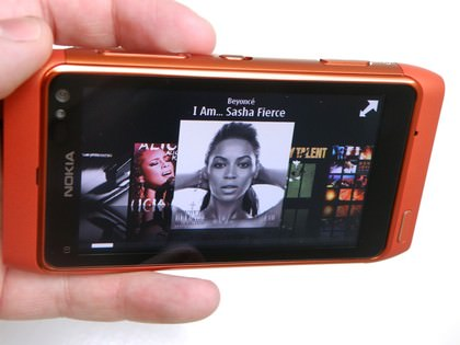 Nokia_N8_player
