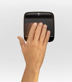 logitech-multitouch-touchpad-4-1